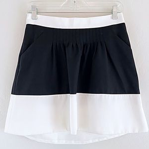 The Limited Collection Skirt Pockets Black White 2